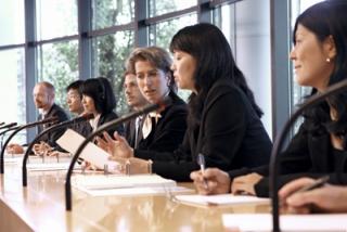 企業視察・商談・会議時の通訳 イメージ